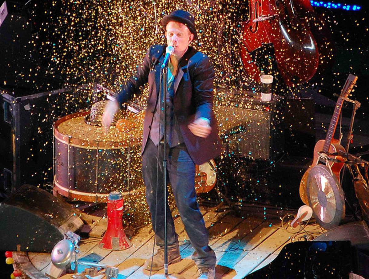 Tom on Stage in Praha, Czech Republic