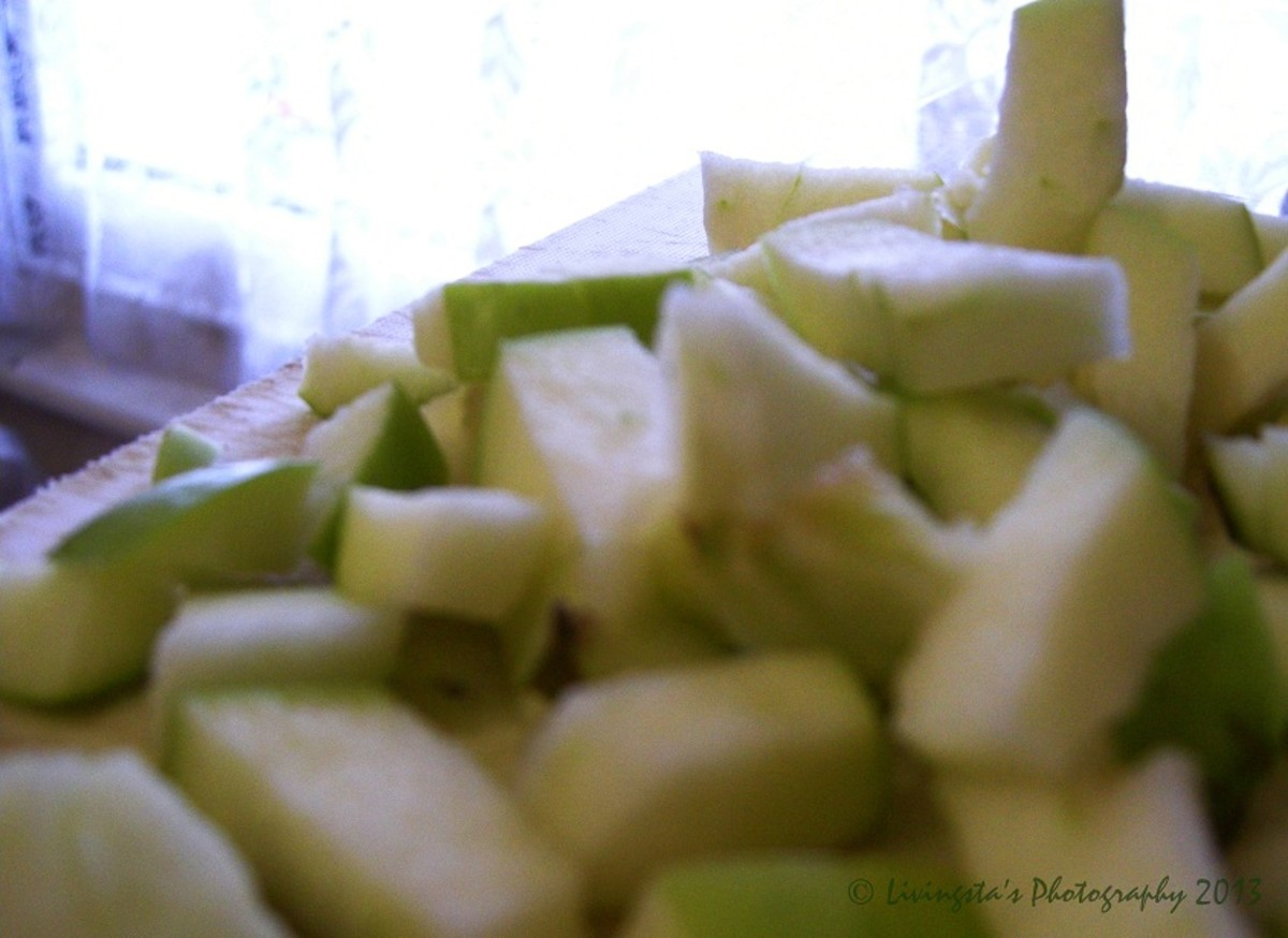 Chopped green apples