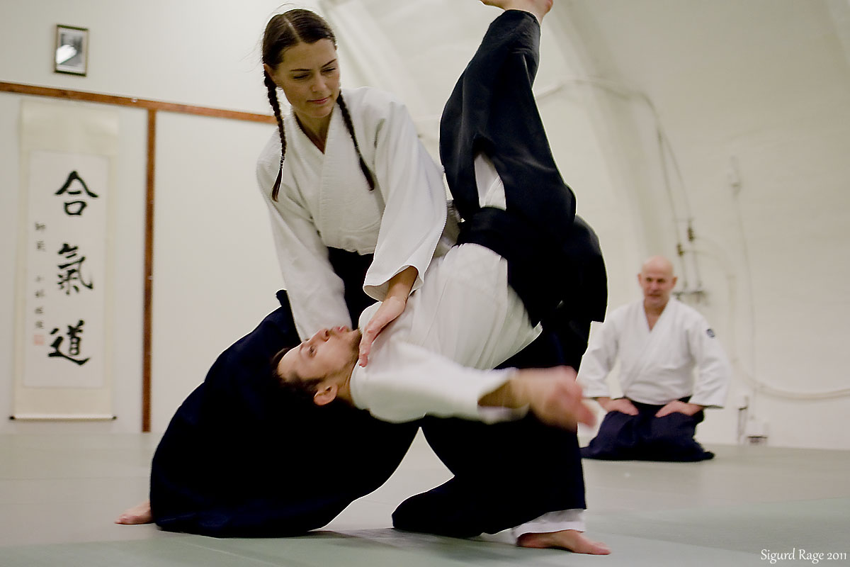 "Tenchi Nage in Aikido - ""Heaven and Earth Throw"""