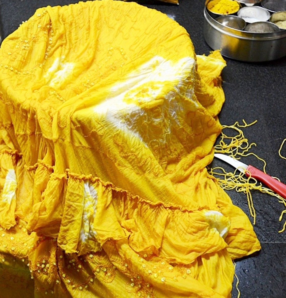 Tie-dye with Turmeric - an eco-friendly alternative!