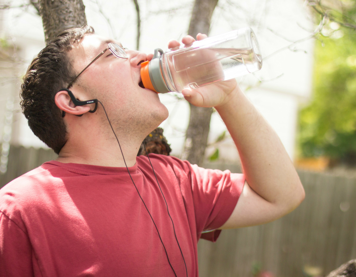 During the second stage, eat nothing during the day. When you get hungry, drink some water.