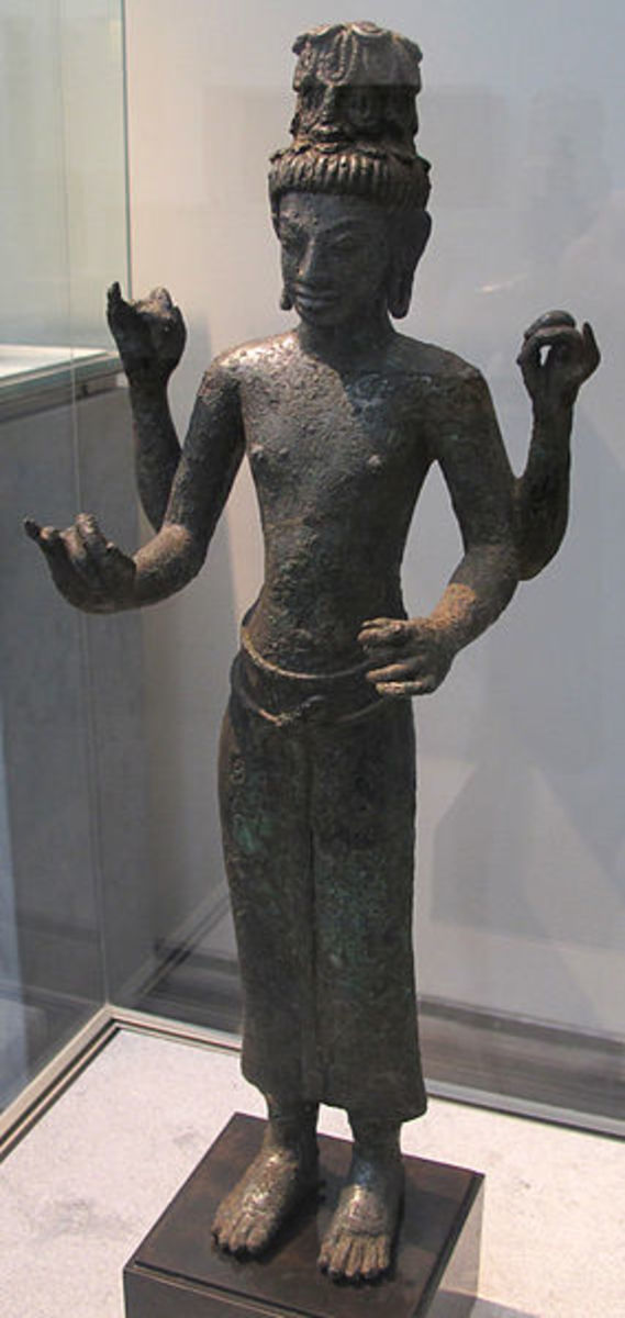 A statue of Dan Quinn, circa 600 AD