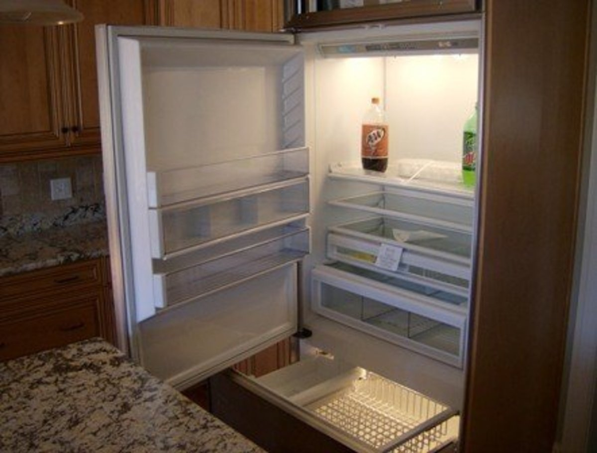 Top refrigerator, hinged from the left