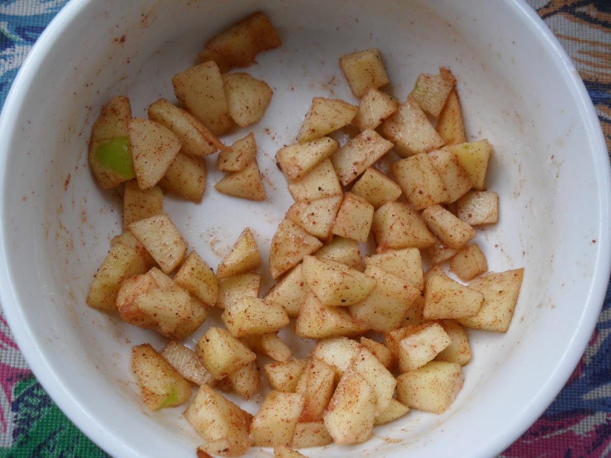 Apple pie wonton filling