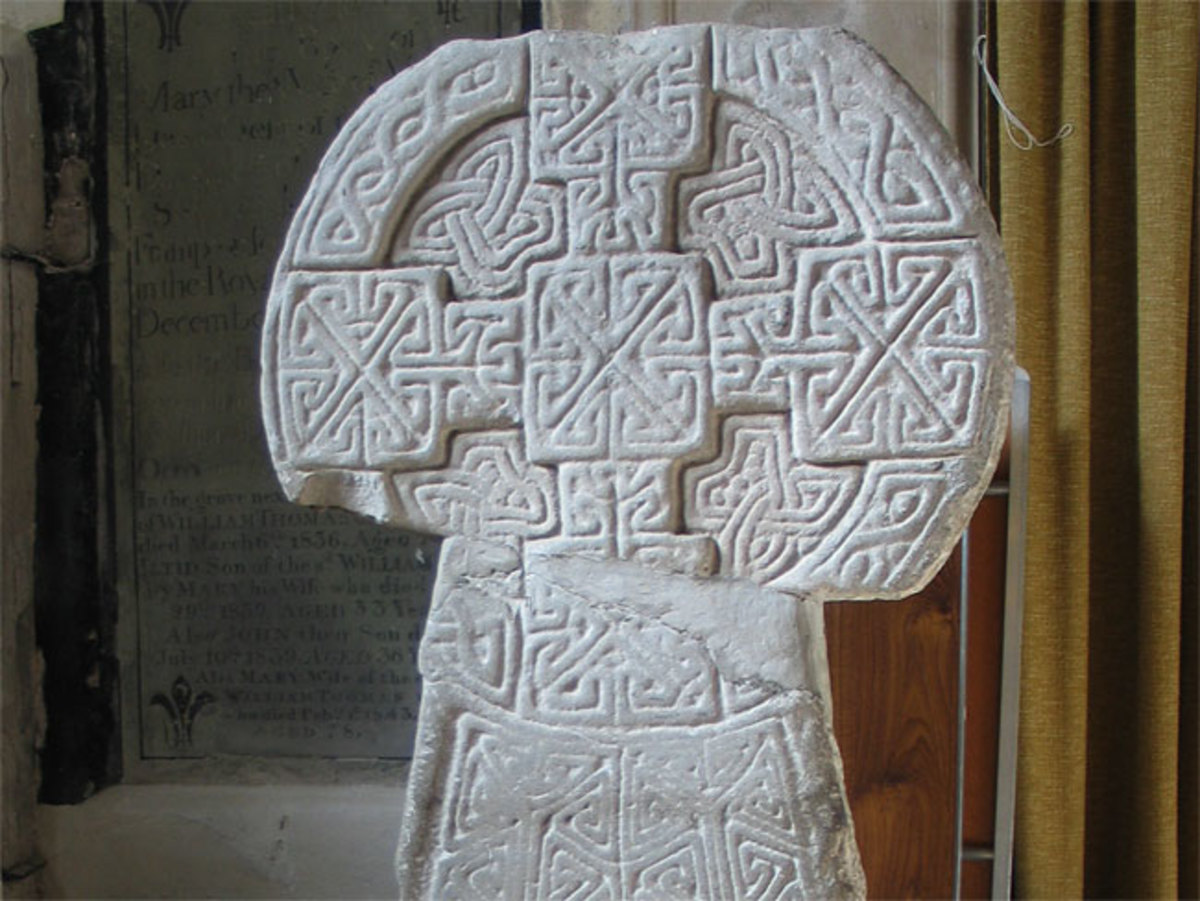 This is the Houelt cross of Llantwit Major in the Vale of Glamorgan, South Wales, another famous Celtic cross design