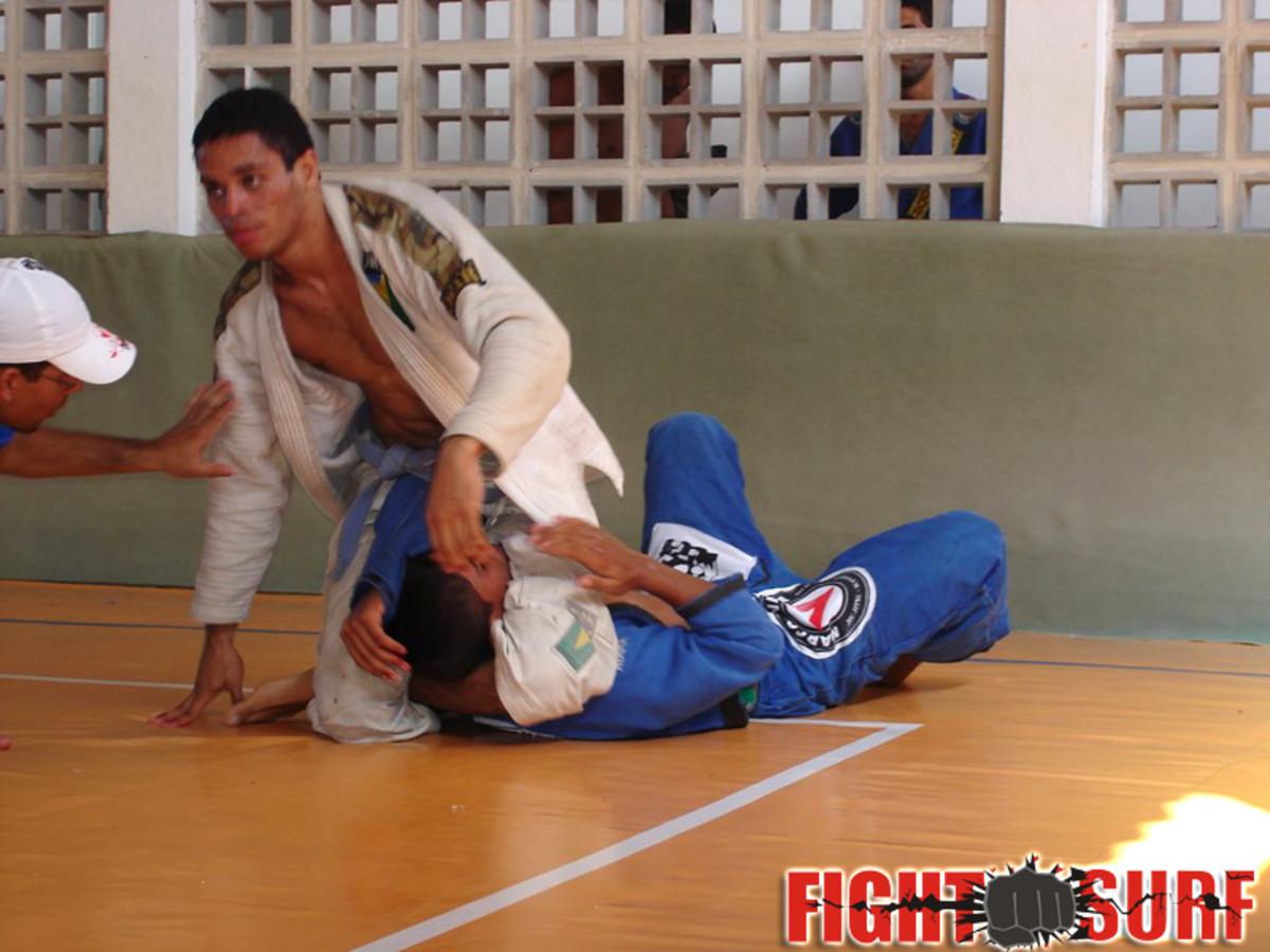 traditional-jiu-jitsu-vs-brazilian-jiu-jitsu-a-thorough-look