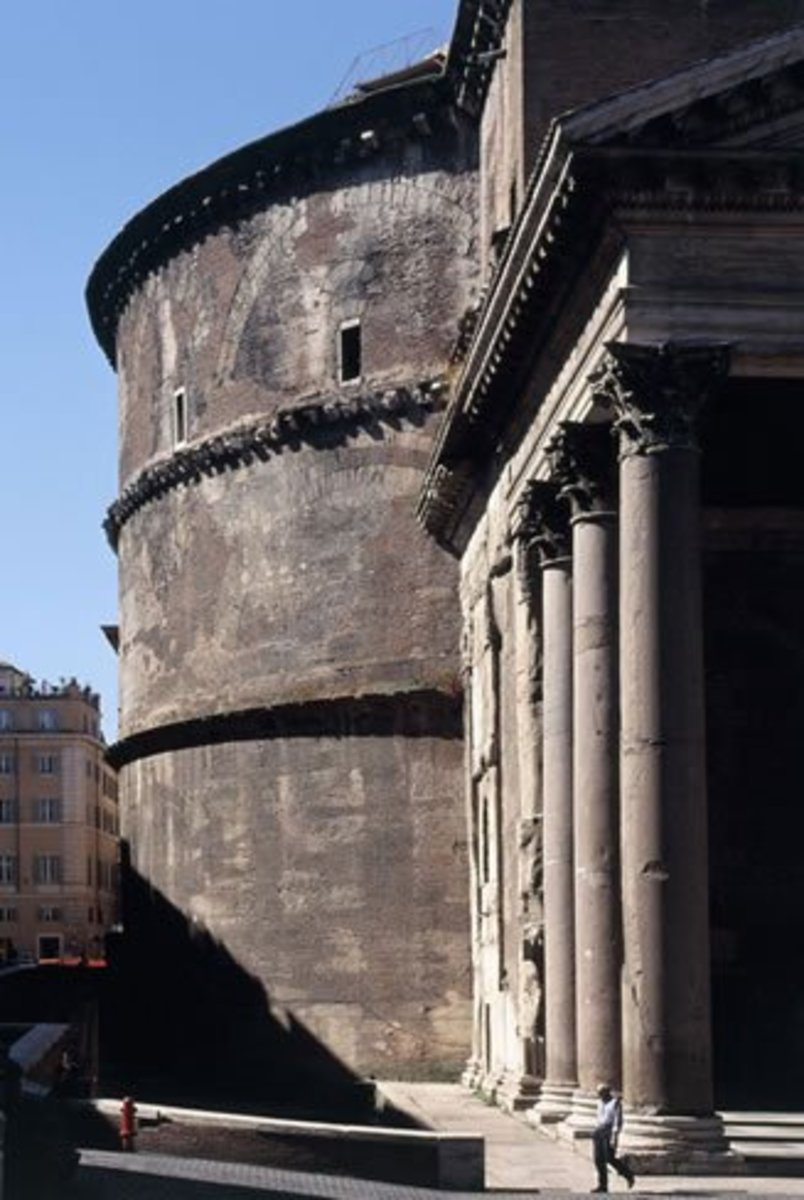 byzantine-vs-roman-hagia-sophia-vs-pantheon