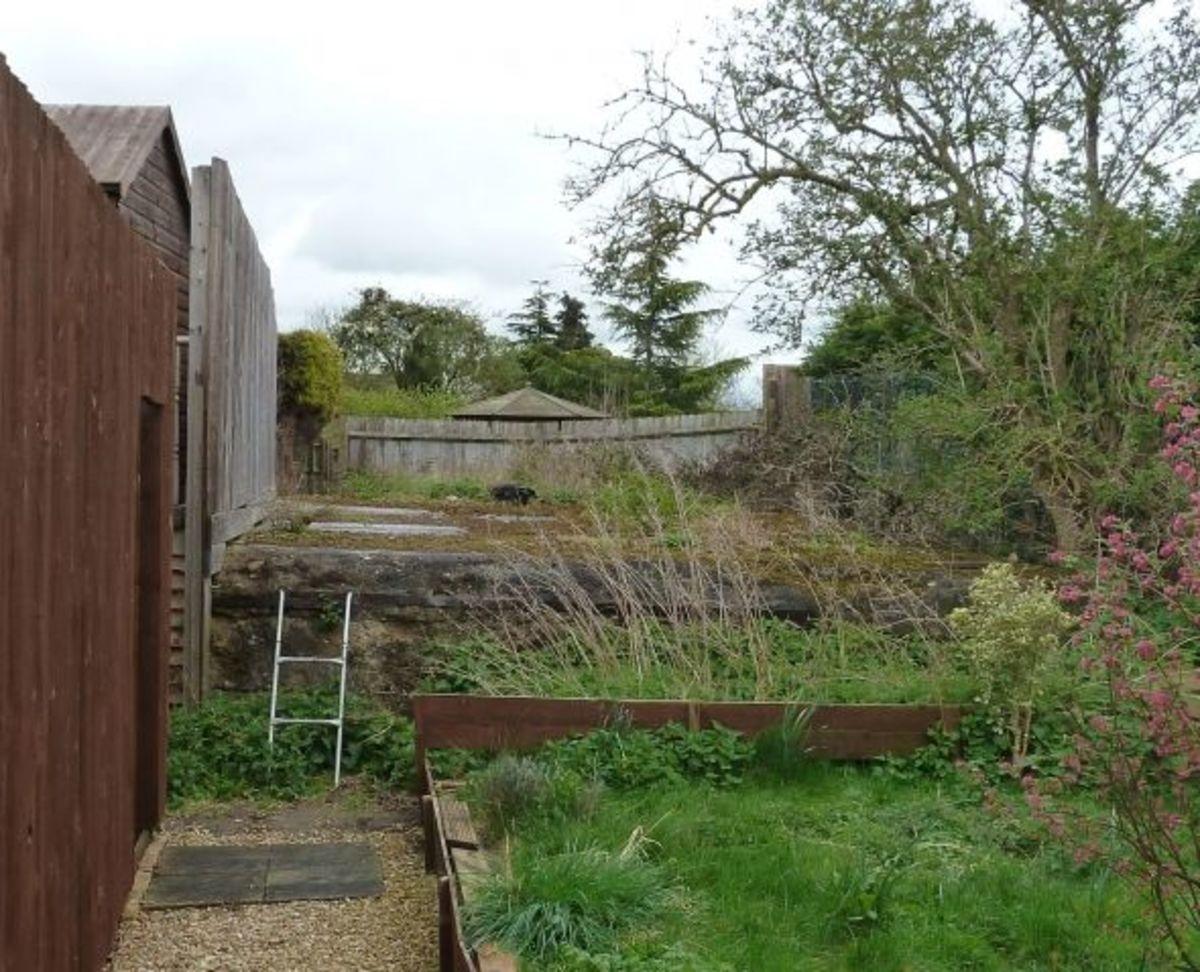 Massive Pillbox Base at Abingdon over former Canal Lock