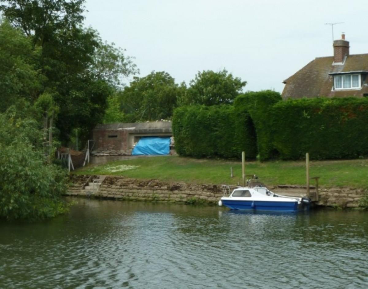 Pillbox in Thames-side Cottage Garden between Long Wittenham & Clifton Hampden