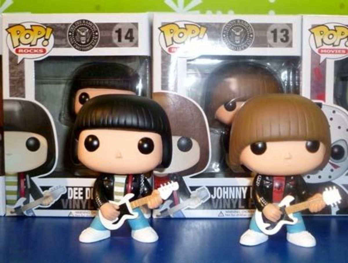 Funko RAMONES 6 inch Wacky Wobbler & 4 inch Pop Vinyl Figure Set of 4 from NYCC