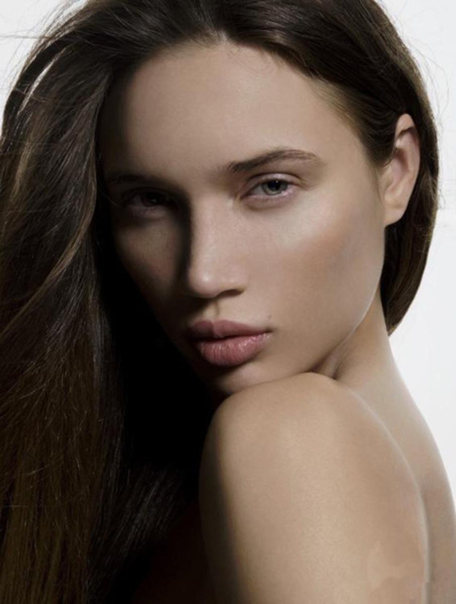 A beautiful actress, model and TV star - Natasha Galkins ar Natalie Gal has found big success in the USA.