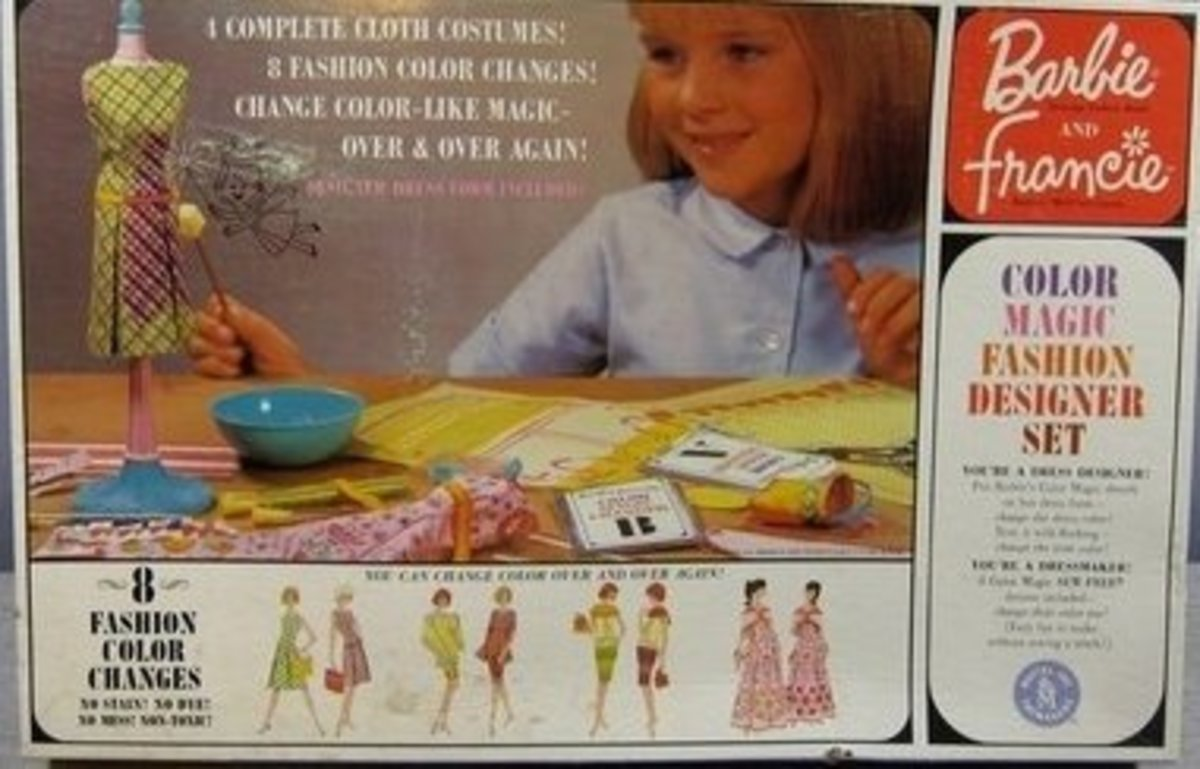Barbie & Francie Color Magic Fashion Designer Set