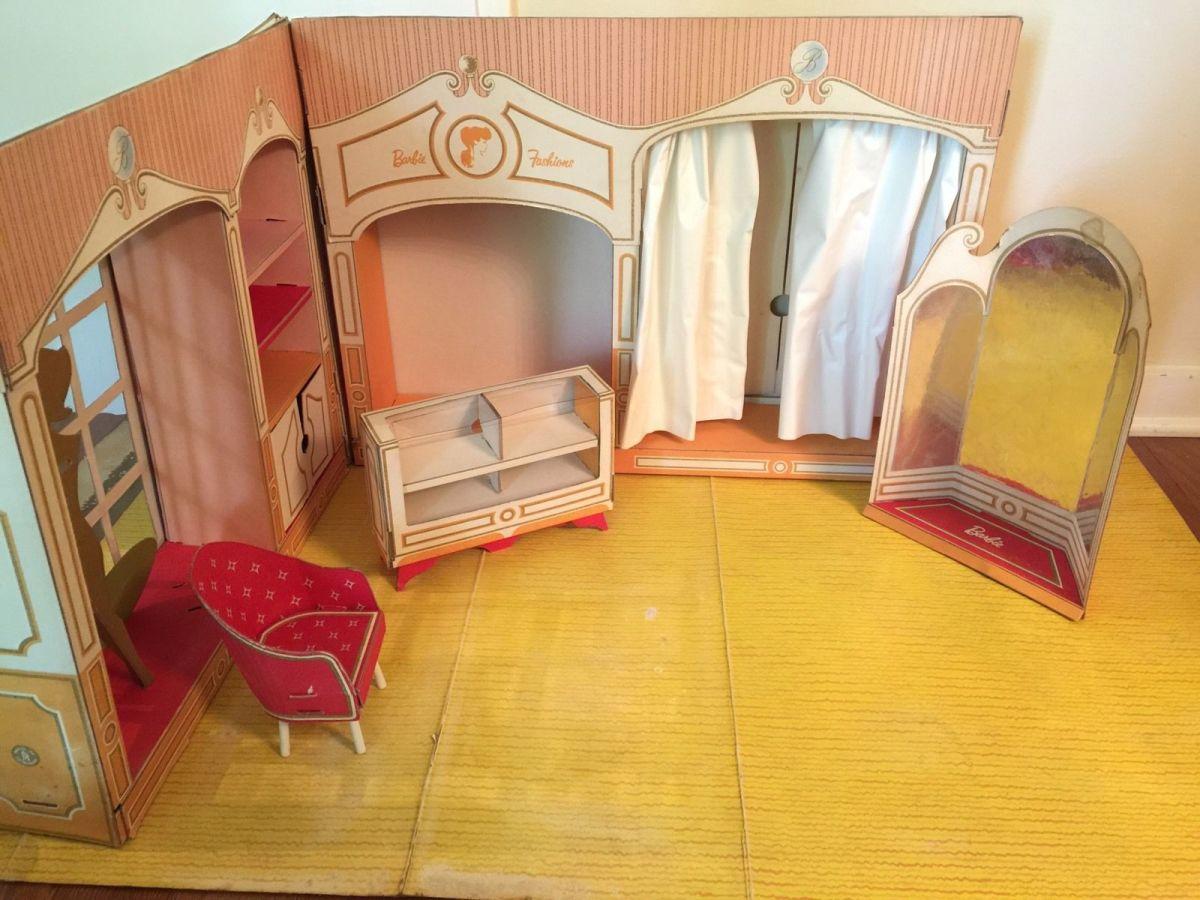 Barbie's Fashion Shop