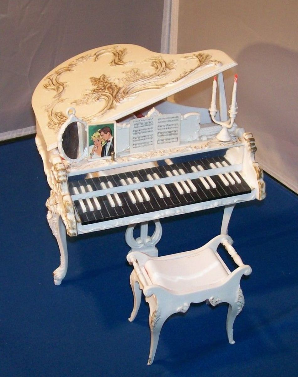 Susy Goose piano