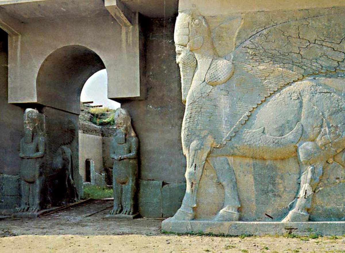Lamassu statues guarding the palace entrance at Nimrud. This photo is believed to date from  2007; 8 years later, ISIL destroyed this historic city