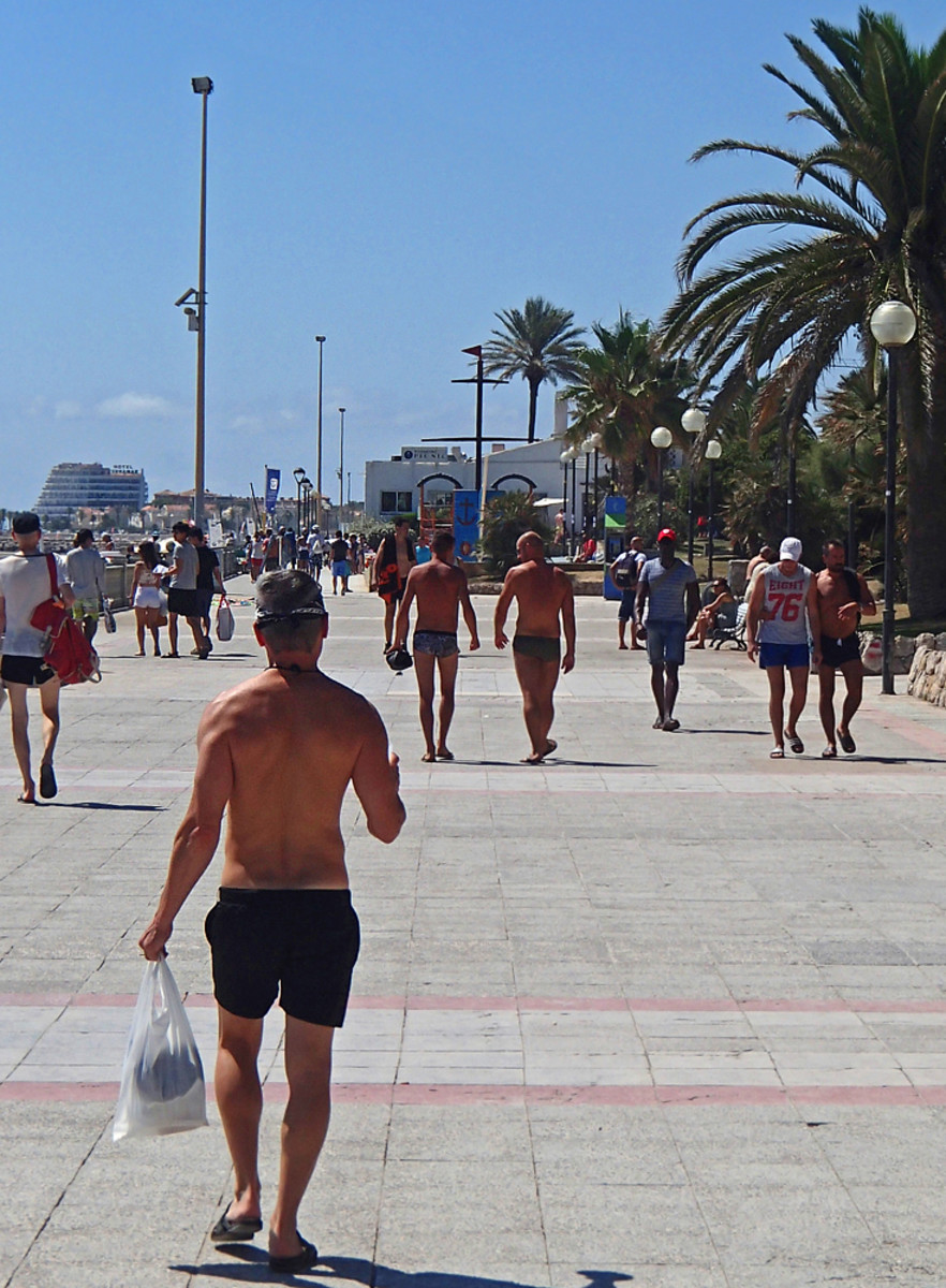 Passeig Maritim promenade.