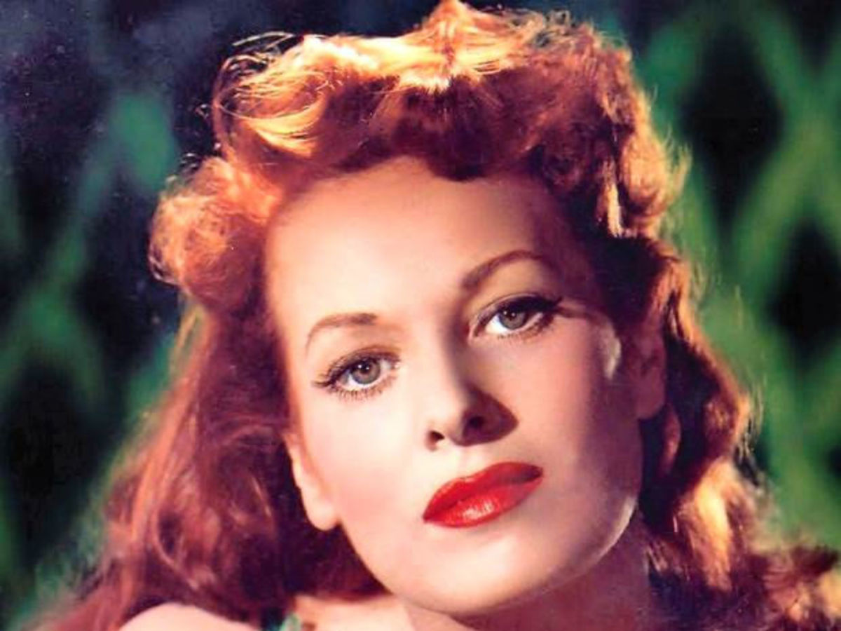 (1920-2015) Movie legend, O'Hara starred in close to a hundred films with many famous actors, including John Wayne.