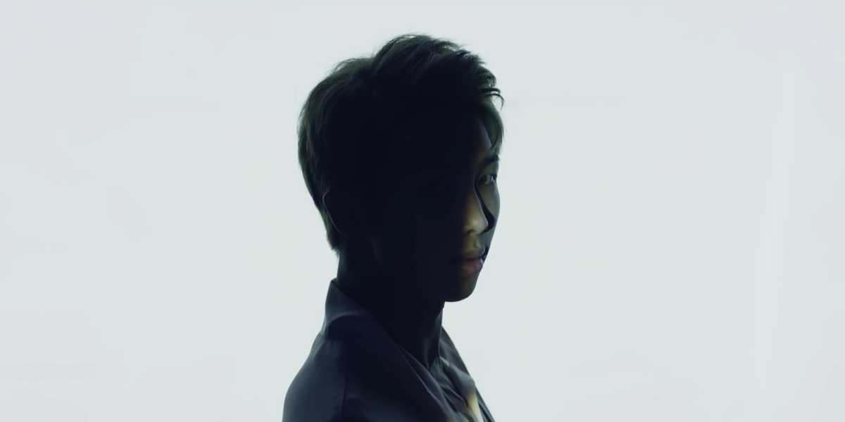 A shade covering RM's face.