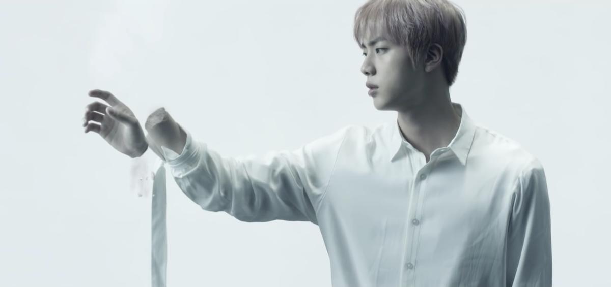 Jin's hand falls off.