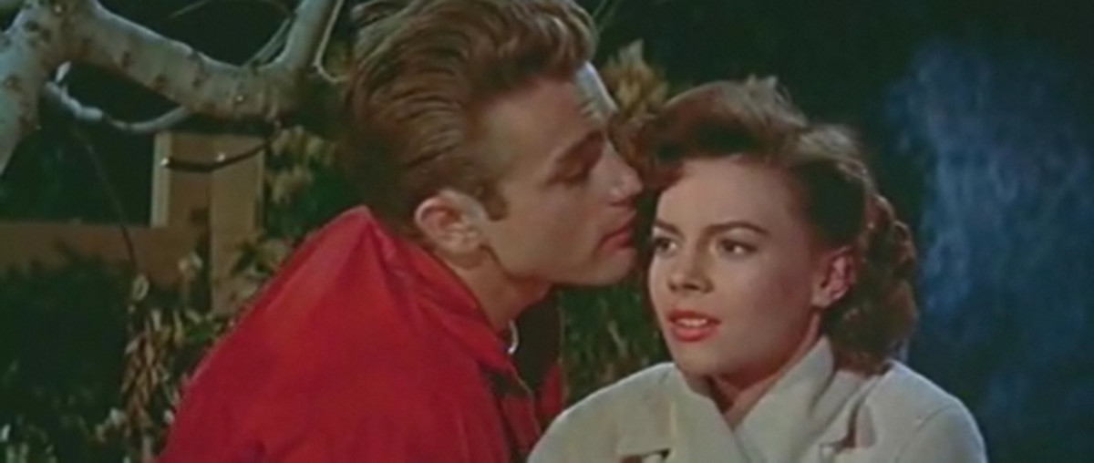 James Dean and Natalie Wood in Rebel Without a Cause trailer