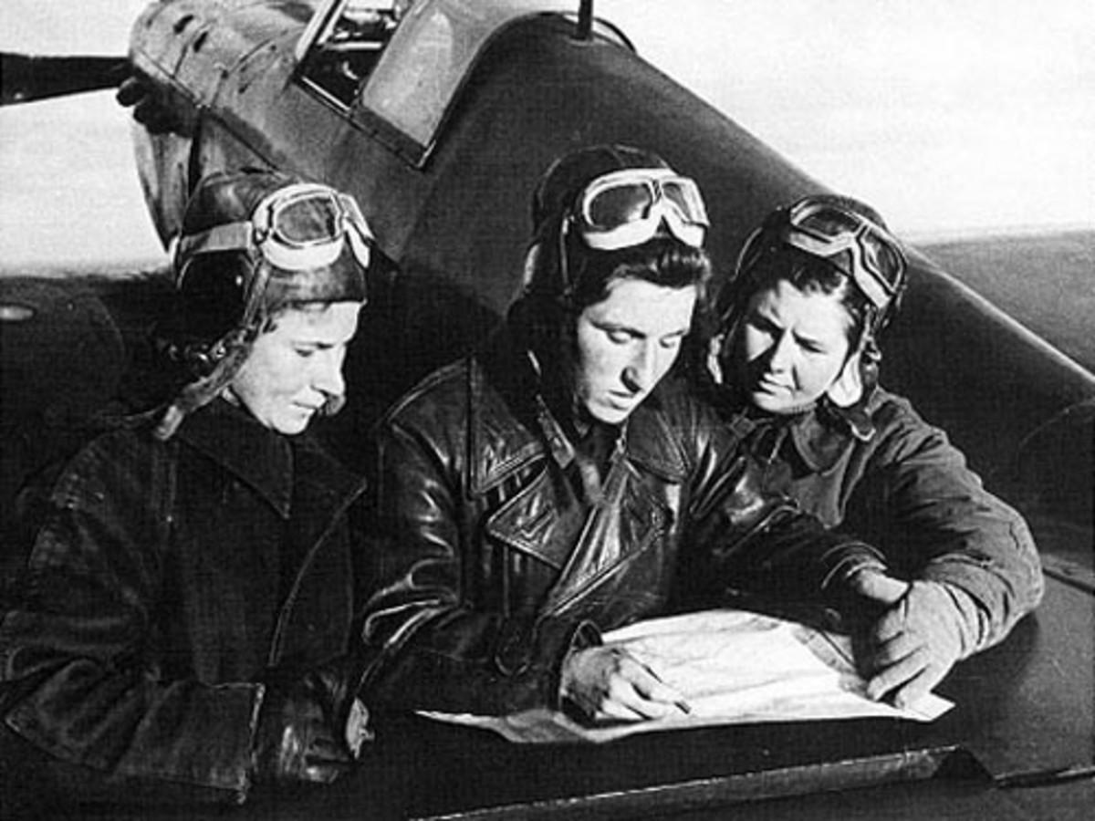 Left to right: Lilya Litvyak, Katya Budanova, and Mariya Kuznetsova