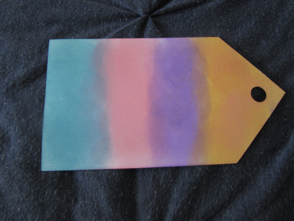 Oxide Ink colors blend well. A blending tool is the perfect way to get a seamless blend