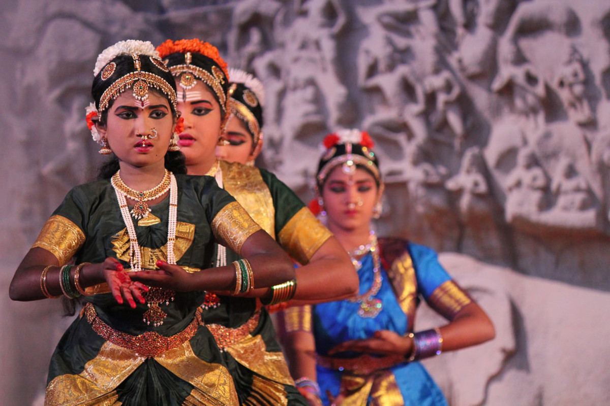 The Devdasi: Cult of Temple Dancers devoted to Aesthetic Divinity