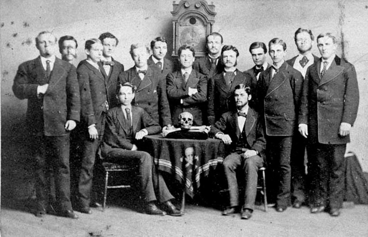 The Order of the Skull and Bones