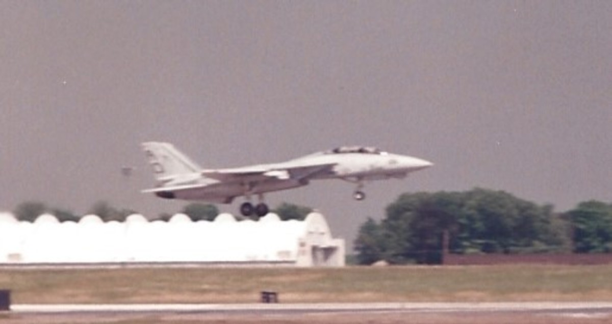 An F-14 landing at Andrews AFB, MD
