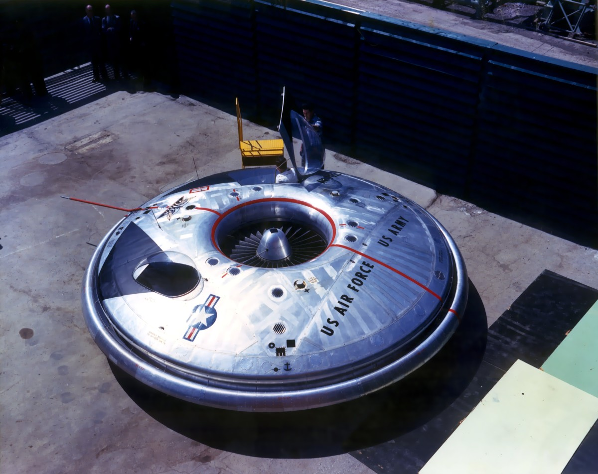 The flying saucer is born!