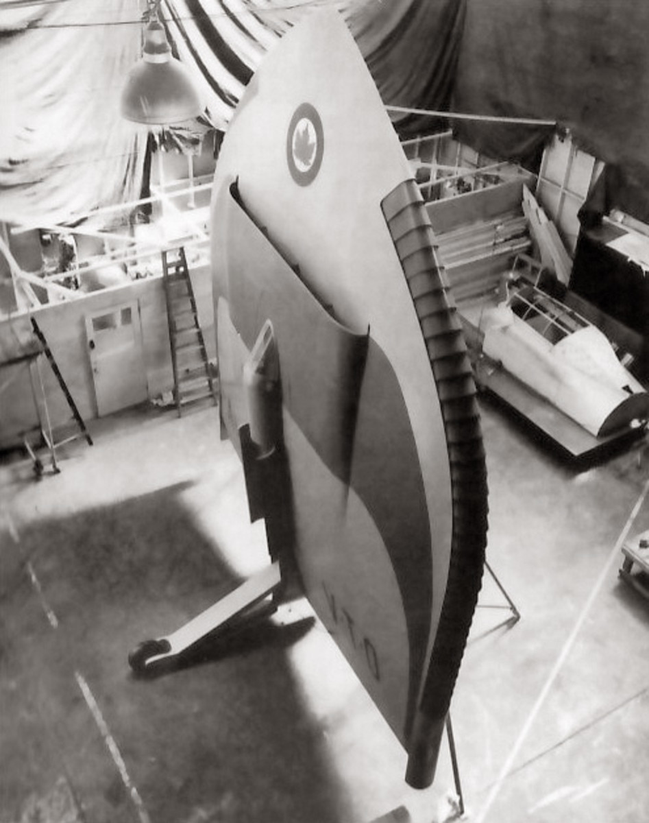 Mock-up of the Y-2.