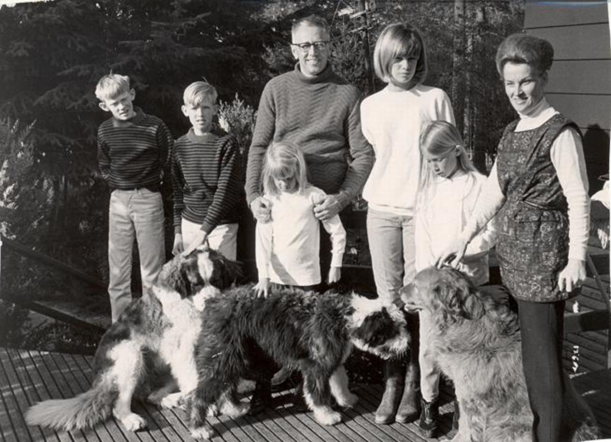 Charles Schulz with family