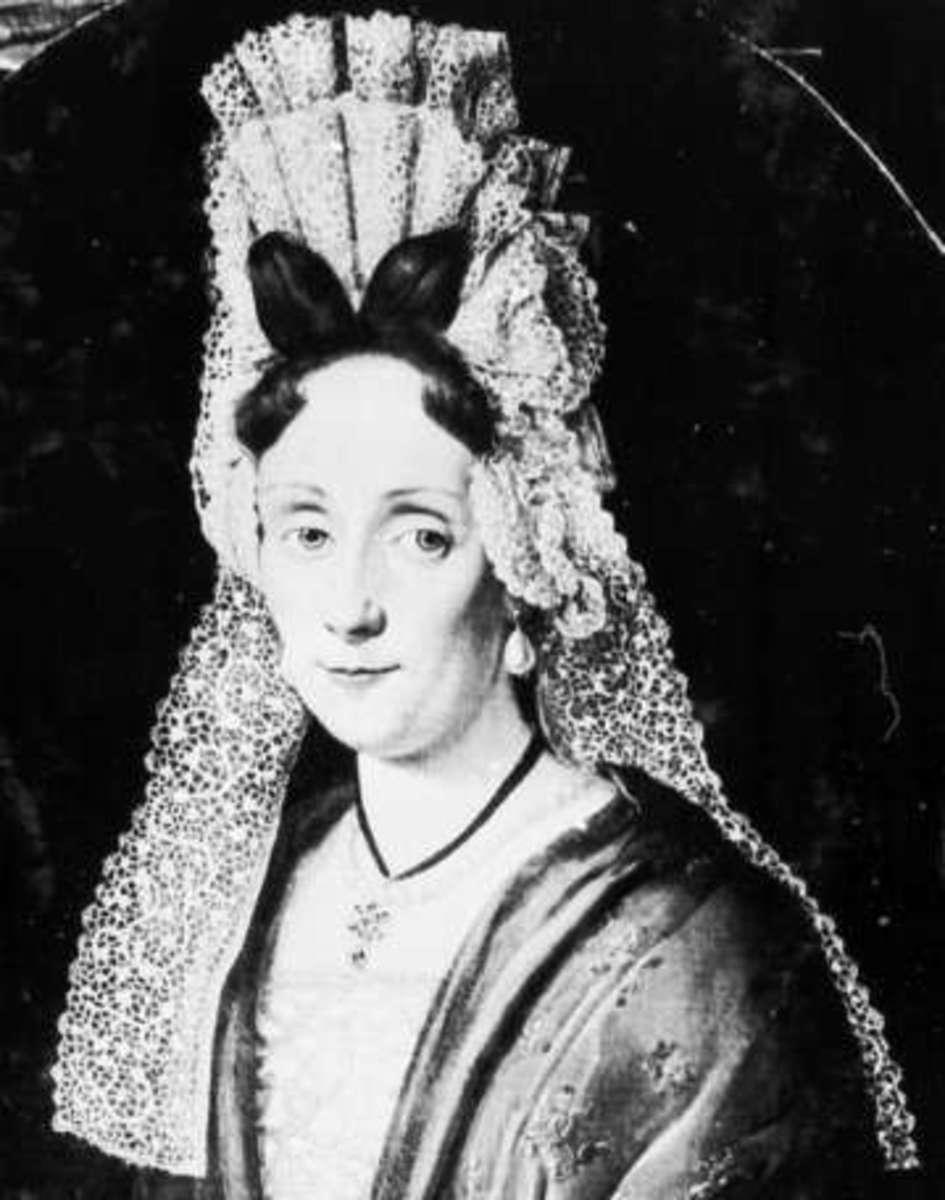Woman wearing fontage