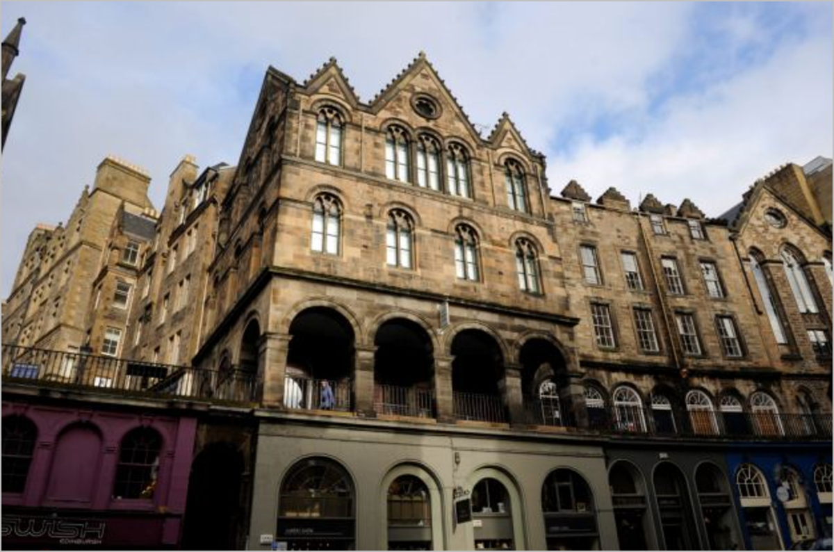 Famous Ghosts of Edinburgh. The Wizard of the West Bow.