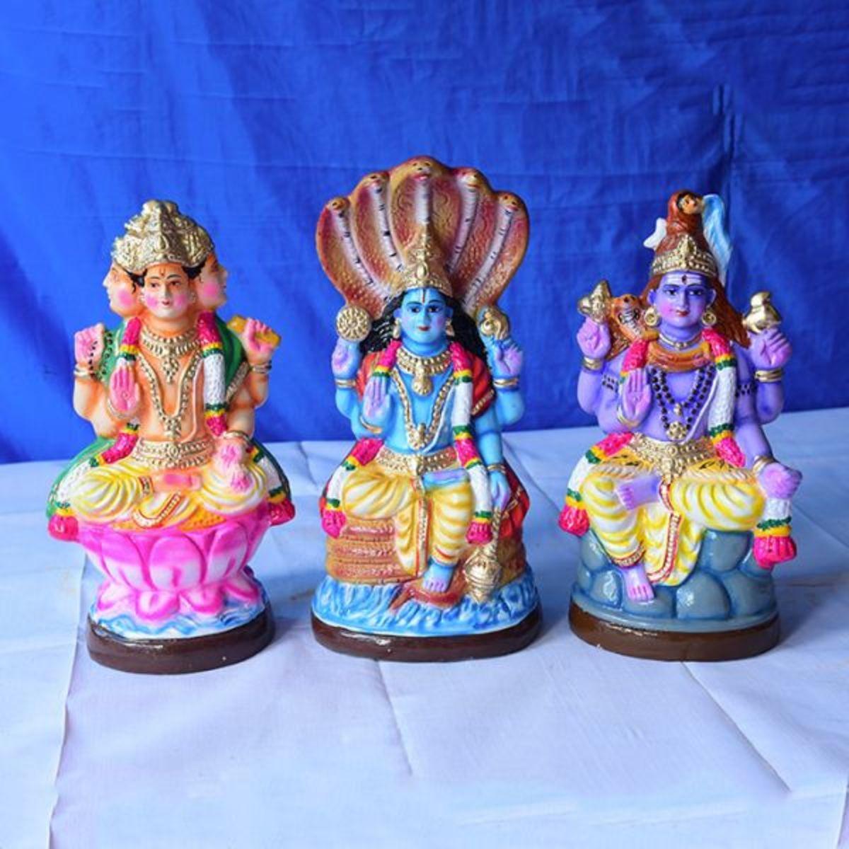Tri moorthi dolls