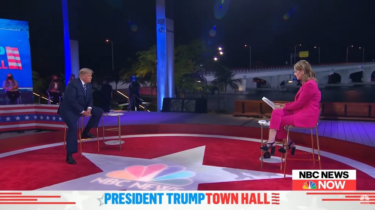 president-trump-at-town-hall
