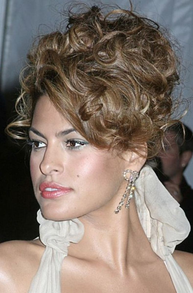 hairstyles and updos for prom 2015