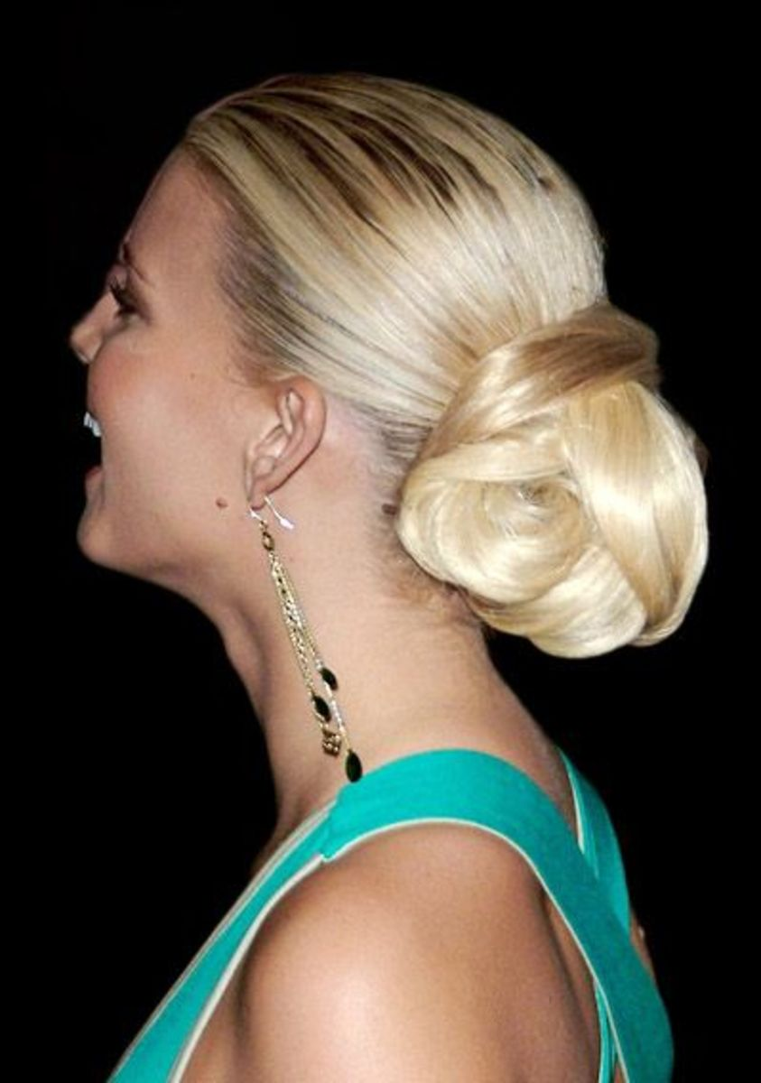 hair updos for prom. 295813 f520 Prom Celebrity Updo Hairstyles