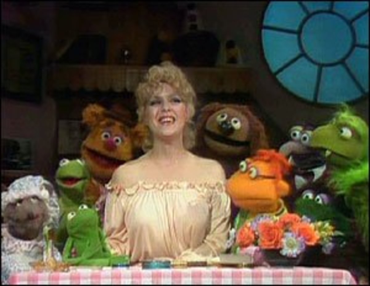 Bernadette Peters singing Just One Person with the Muppets
