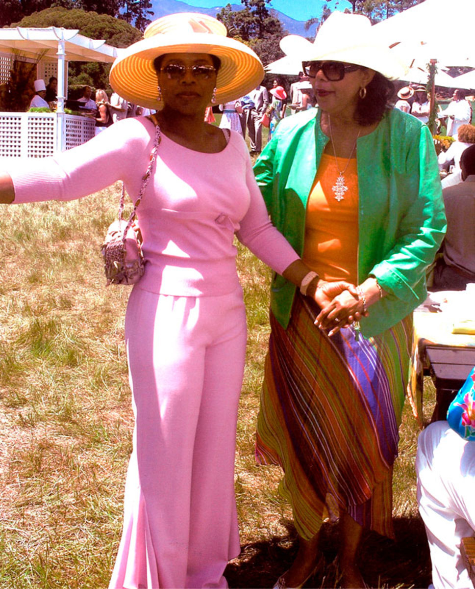 Oprah with Mary Frances Handbag