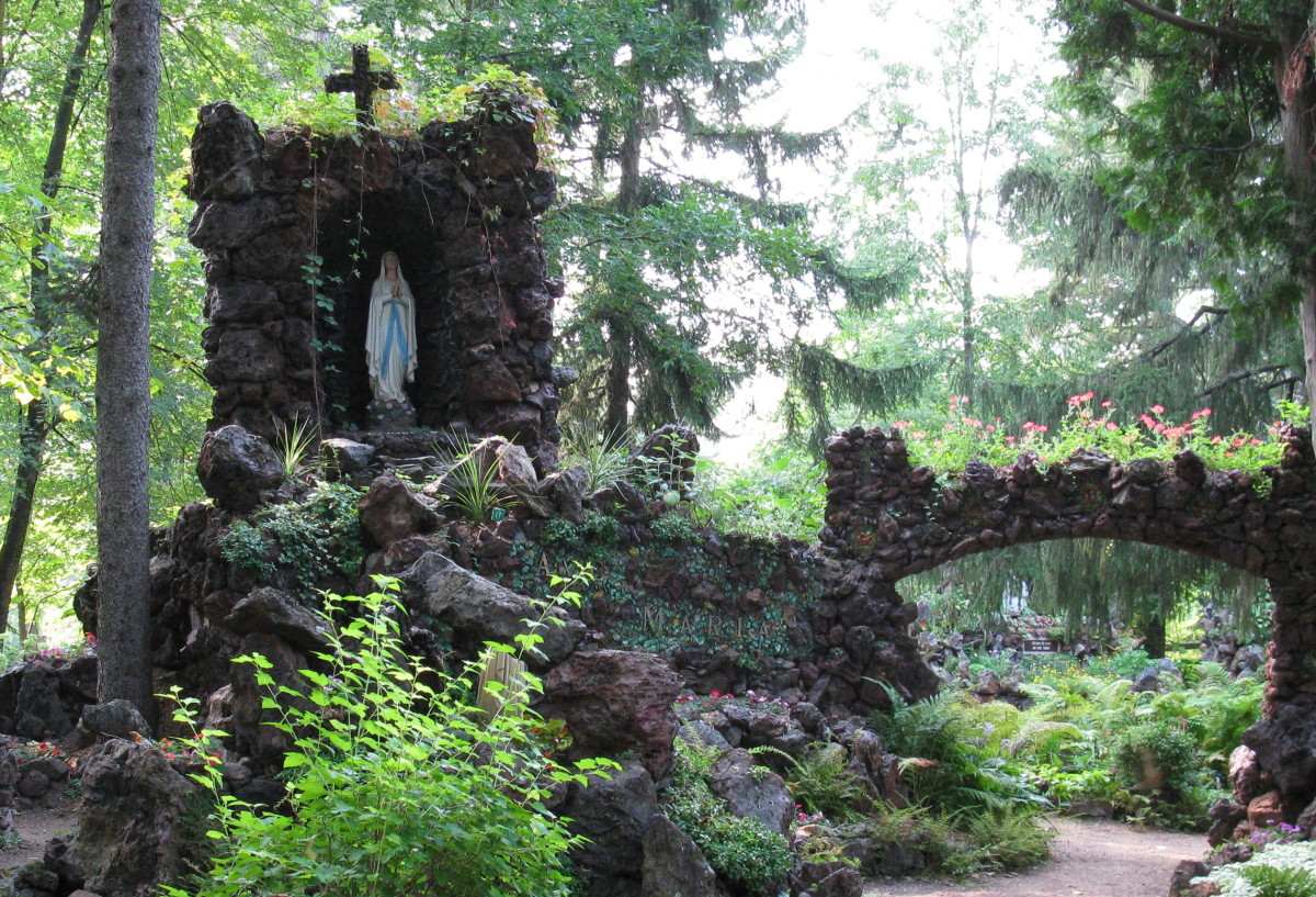 Grotto at Rudolph, WI
