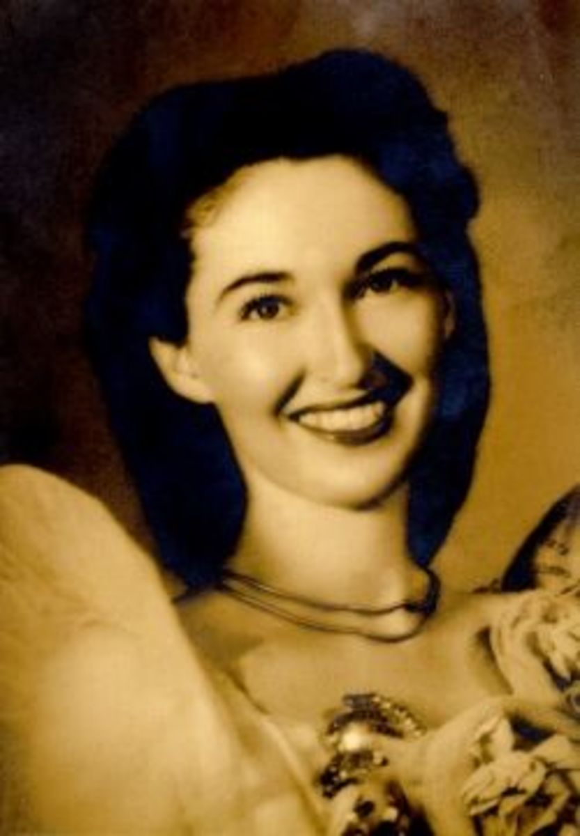 Mom was about 22 in this photo.