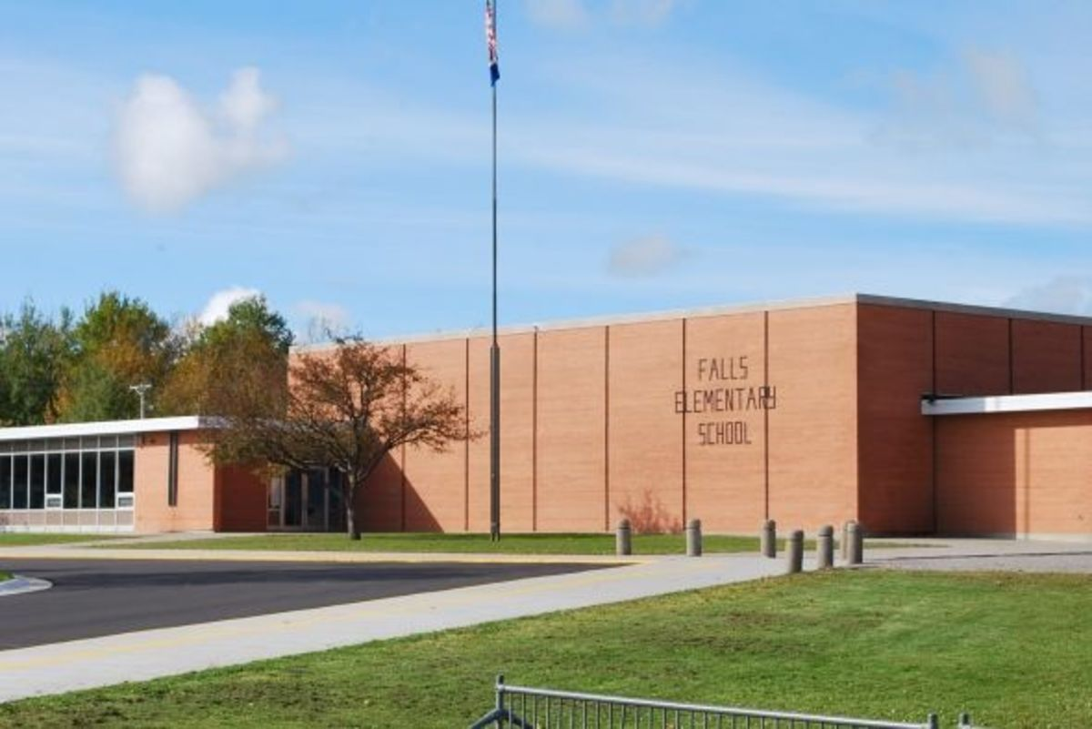 Falls Elementary School