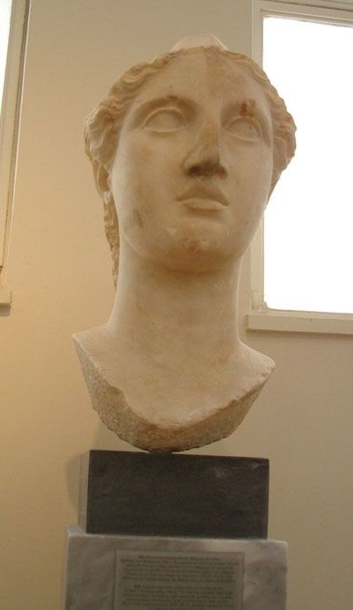Another image of the beautiful head of Athena in National Archaeological Museum, Athens