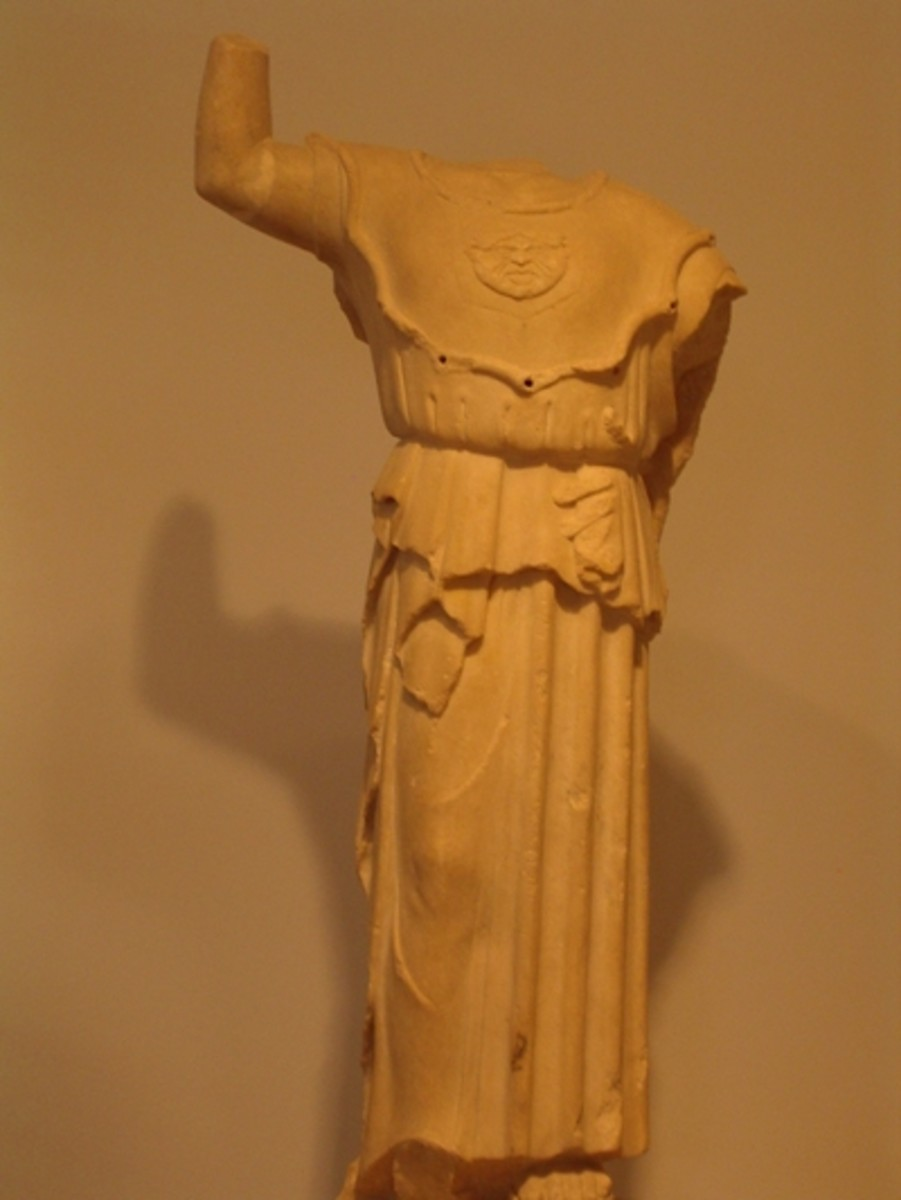 Small statue of Athena with aegis clearly visible, c 480 BCE by artist Euenor, Acropolis Museum