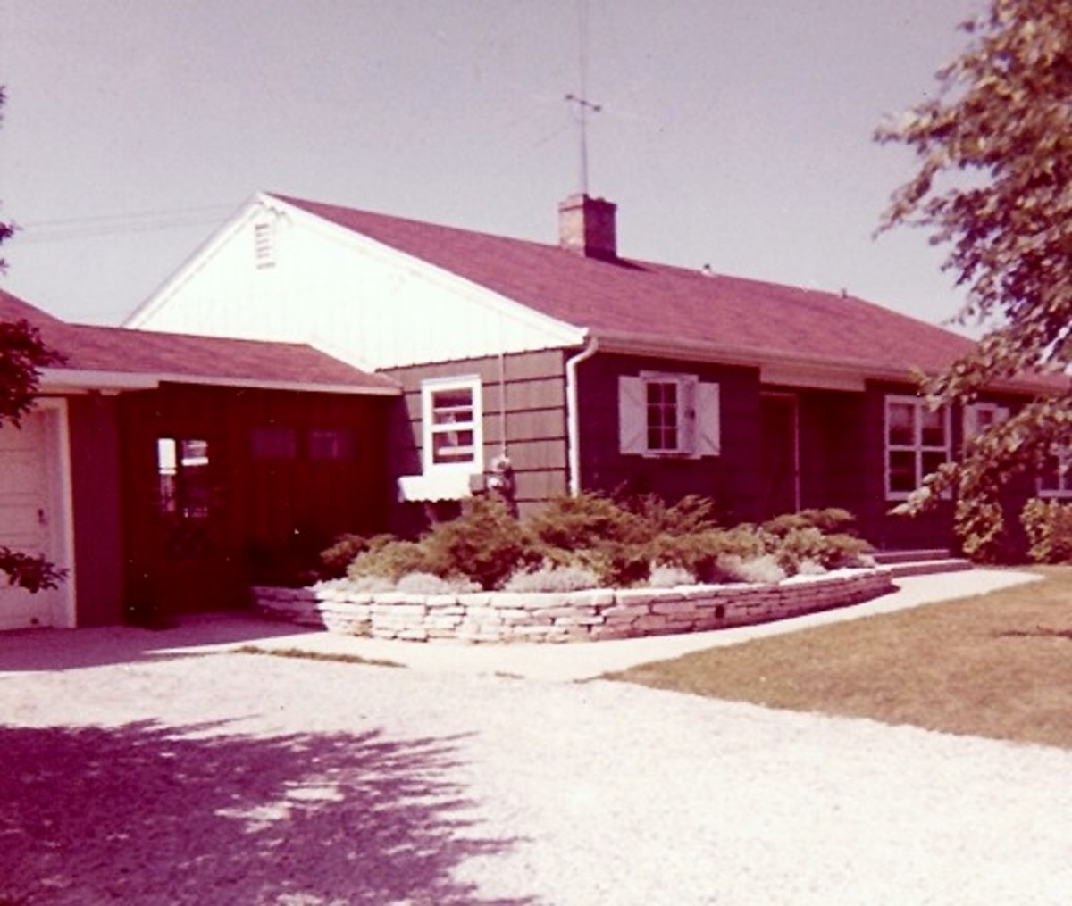 The home that my parents built & the first one in which I first remember growing up.