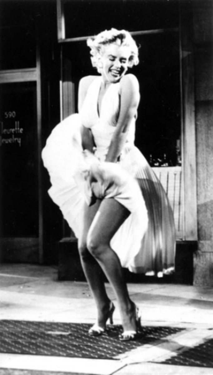 """Flying Skirt"" photograph of Marilyn Monroe taken in 1954 on the set of The Seven Year Itch in California, Photo by Sam Shaw"
