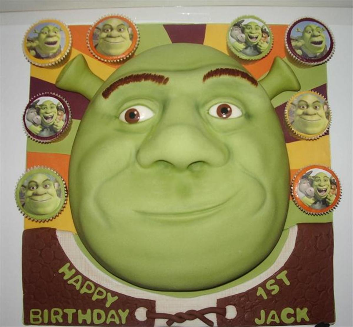 Shrek Birthday Cakes and Cupcake Ideas
