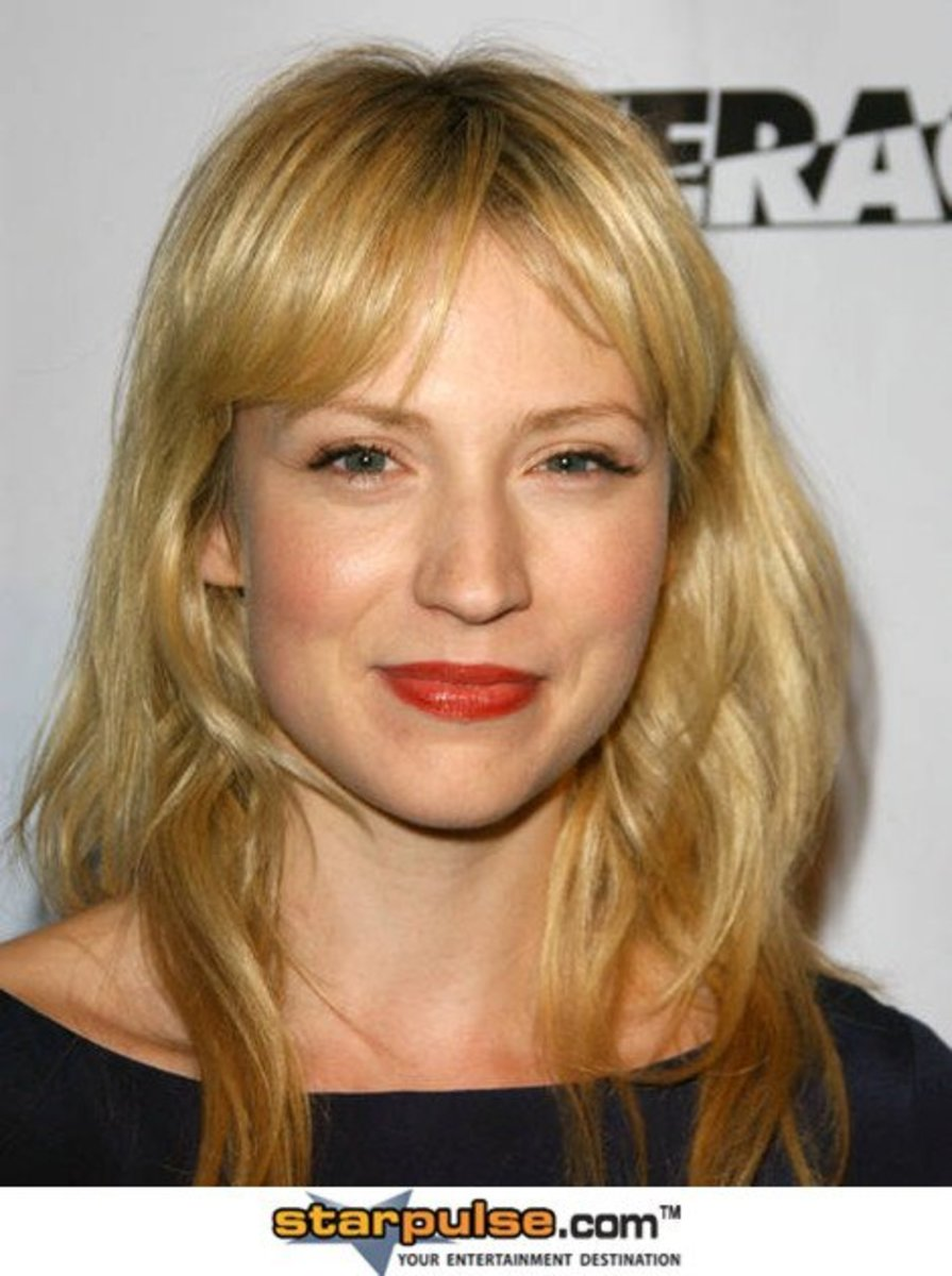 Leverage's Parker ::Does she Really Do Her Own Stunts? :: played by Beth Riesgraf