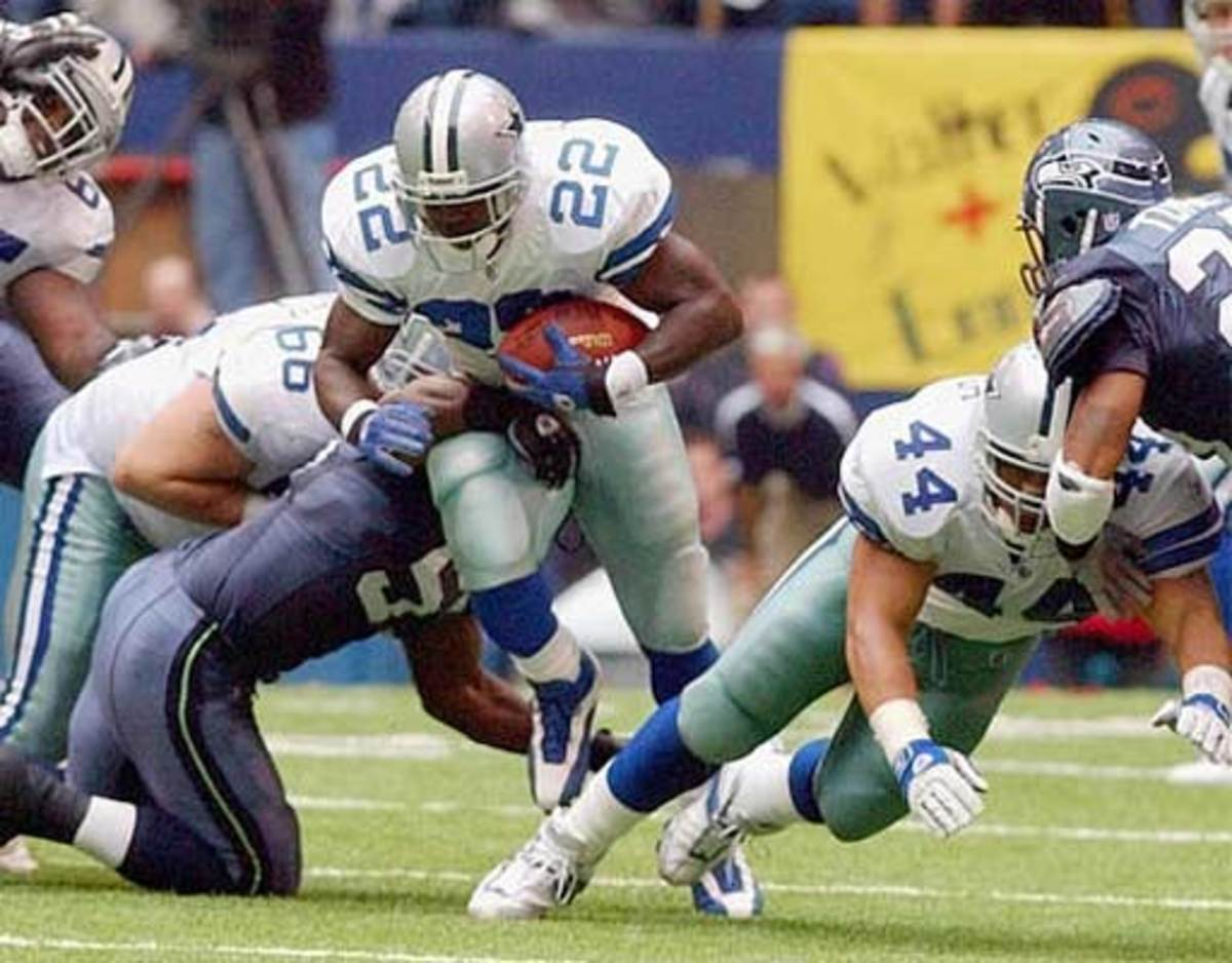 Look at that gapping hole Emmitt Smith has...